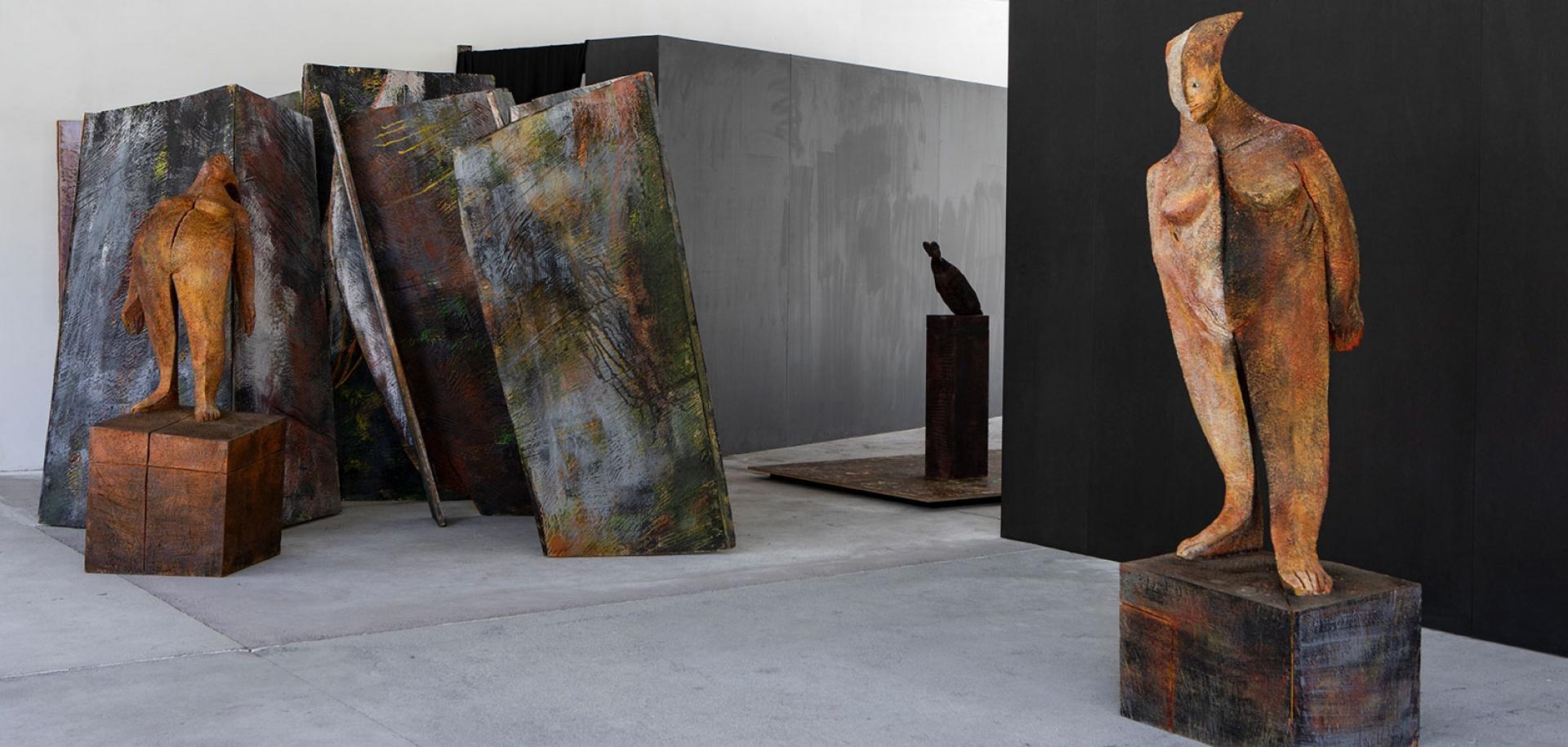 Foto di:  Filippo Simonetti - Wilhelm Senoner - Artista, scultore e pittore a Ortisei in Val Gardena - Alto Adige - Italia